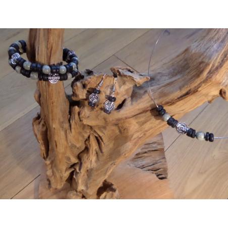Armband van zilver, hout en half edelsteen